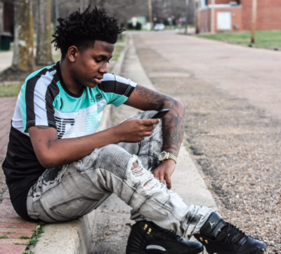 "Lil Lonnie releases his official music video for ""Time Zone"" with Money Man & Parkway Man"